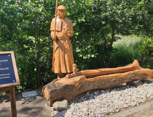 Einweihung des Denkmals für den Wasserbaumeister Johannes Müller am Dorfteich Grünewalde